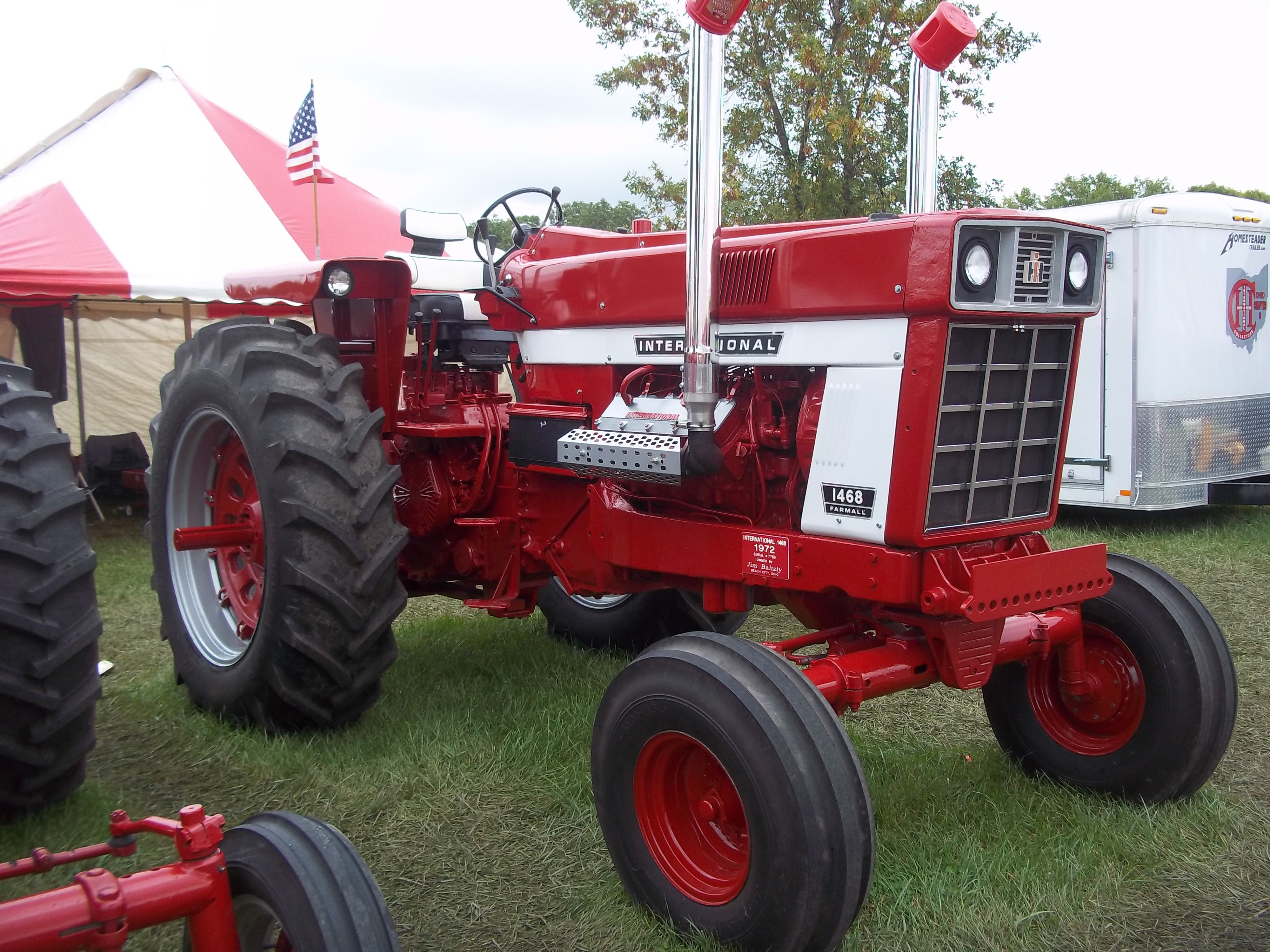 145hp 1468.These old IH 8 cylinder tractors are collector items
