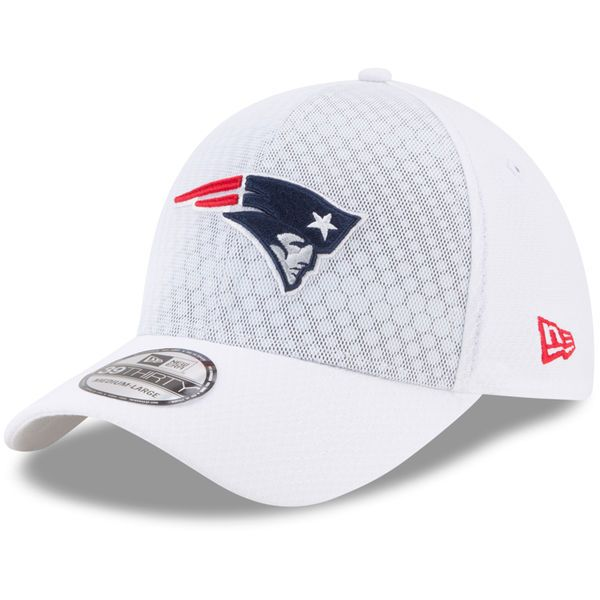 competitive price c13d9 8db25 New England Patriots New Era 2017 Color Rush NFL Kickoff 39THIRTY Flex Hat  – White