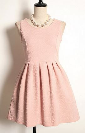 Vintage Scoop Neck High-waisted Pleated Dress