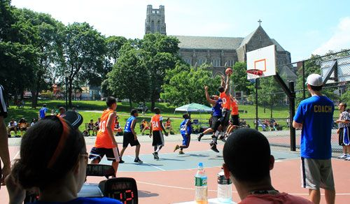 New York City Christian Athletic League in University Heights, Bronx received $1,900 to run a basketball league for inner-city youth. The only youth program currently operating in University Heights, the project instills character-building skills and provides recreational activities for youth ages 12-18.