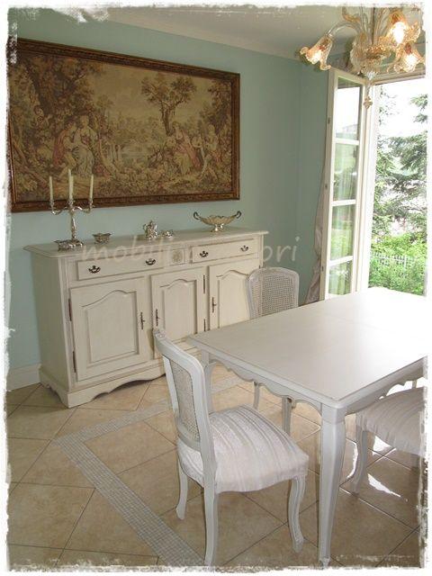 Credenza e tavolo stile provenzale avorio patinato a for Stile provenzale arredamento