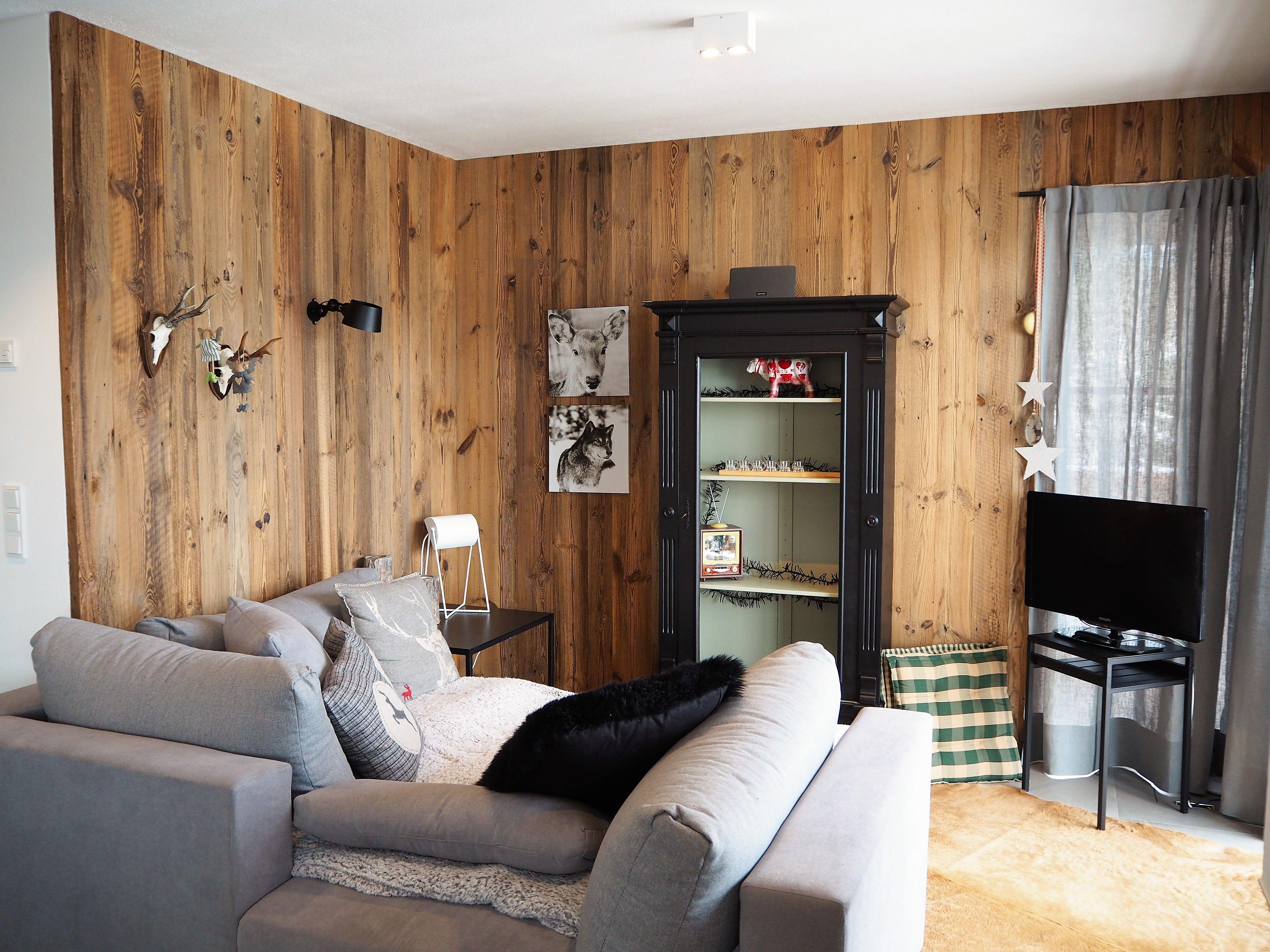 Künstlerisch Wohnzimmer Idee Galerie Von Altholz Schalung Aus Original Sonnenverbranntem Altholz. #altholz