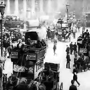 Old London Street Scenes – Video of the Week