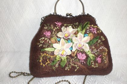 Stunning orchid bag stitched by Новоселова Елена