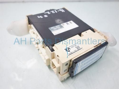 d8376f6336c2d913cd788e230c8648c4 used 2013 toyota camry dash fuse box with multiplex 82730 06752  at gsmx.co