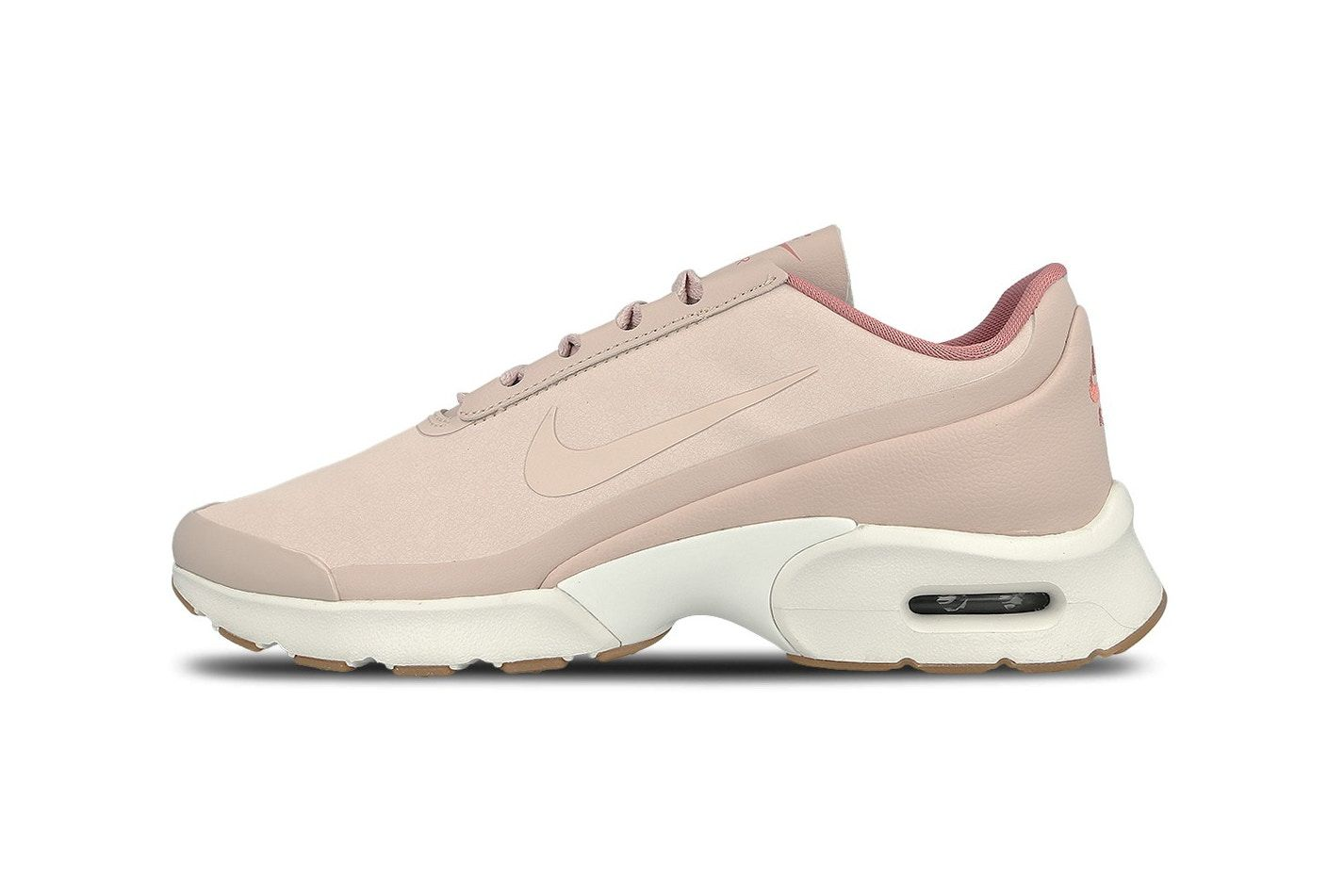 c6f1f4d0e3f2 This Nike Air Max Jewell SE Is So Pink It s Nude Too