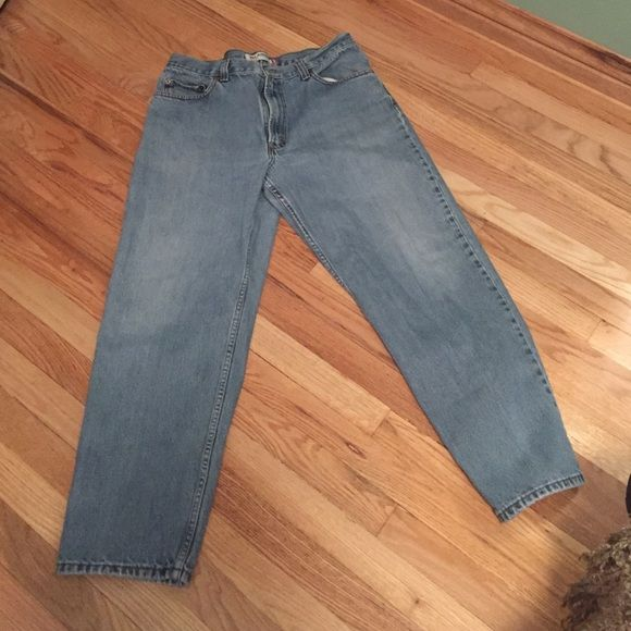 Men's Levi's 550 size 36x30 My husband doesn't fit these anymore. He enjoyed them while he could. Levi's Pants Straight Leg