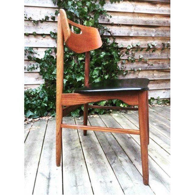 Dagens Scoop Er Denne Retro Stol I Teak Den Kan Findes I Gunilla Denekes Butik Pa Tradono Tradono Tilsalg Forsale Second Home Decor Chair Dining Chairs