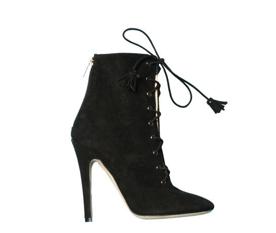 Jimmy Choo http://www.vogue.fr/mode/shopping/diaporama/les-35-chaussures-stars-de-la-saison/9368/image/565639#jimmy-choo