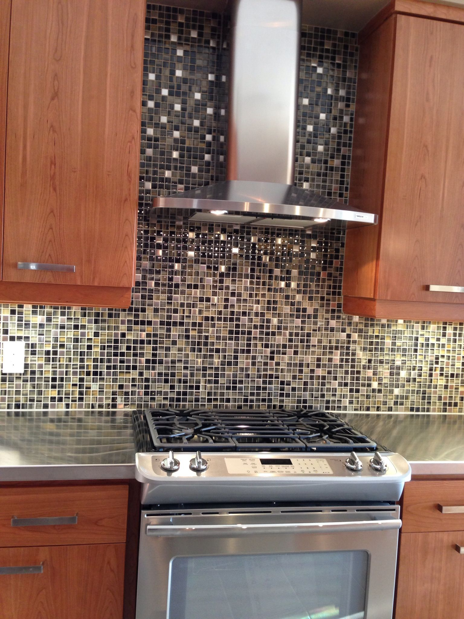 chimney hood fan man cave model home contemporary kitchen rh pinterest com