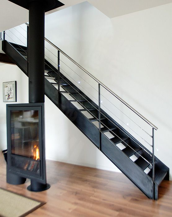 dt38 esca 39 droit escalier droit m tallique d 39 int rieur. Black Bedroom Furniture Sets. Home Design Ideas