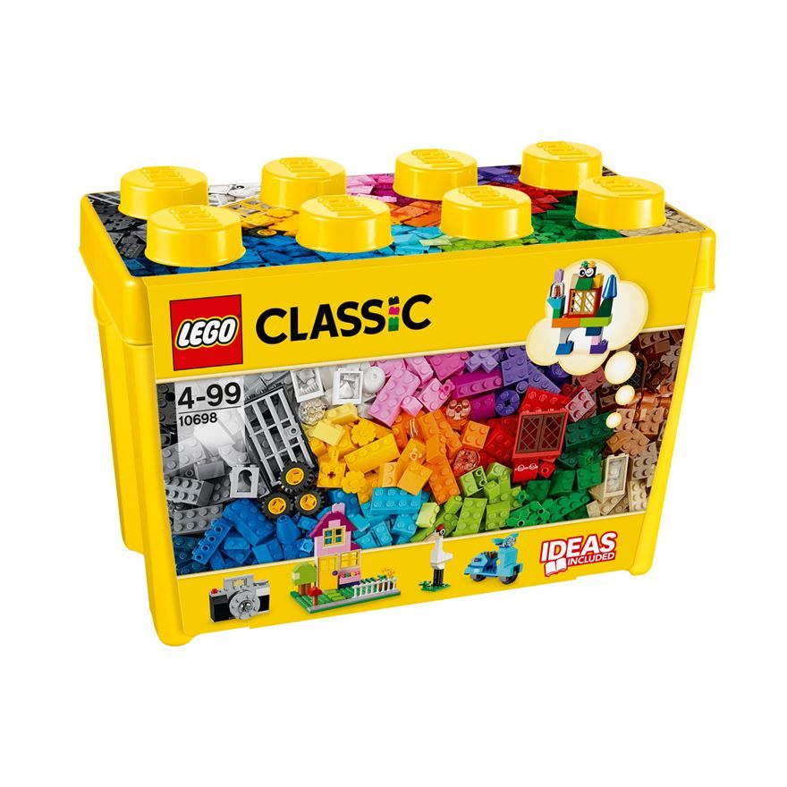 Build anything you can imagine with this 790 piece LEGO