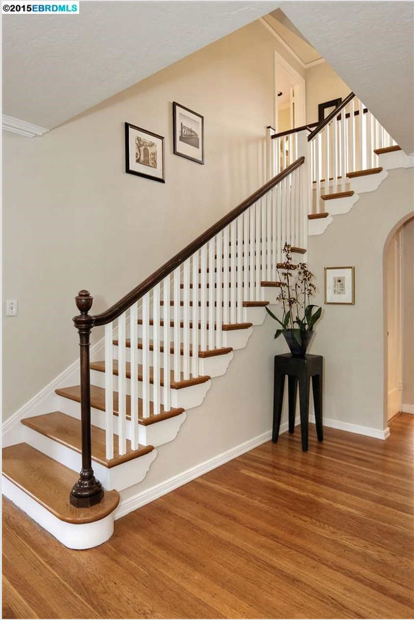 mirror these stairs from hillwood.