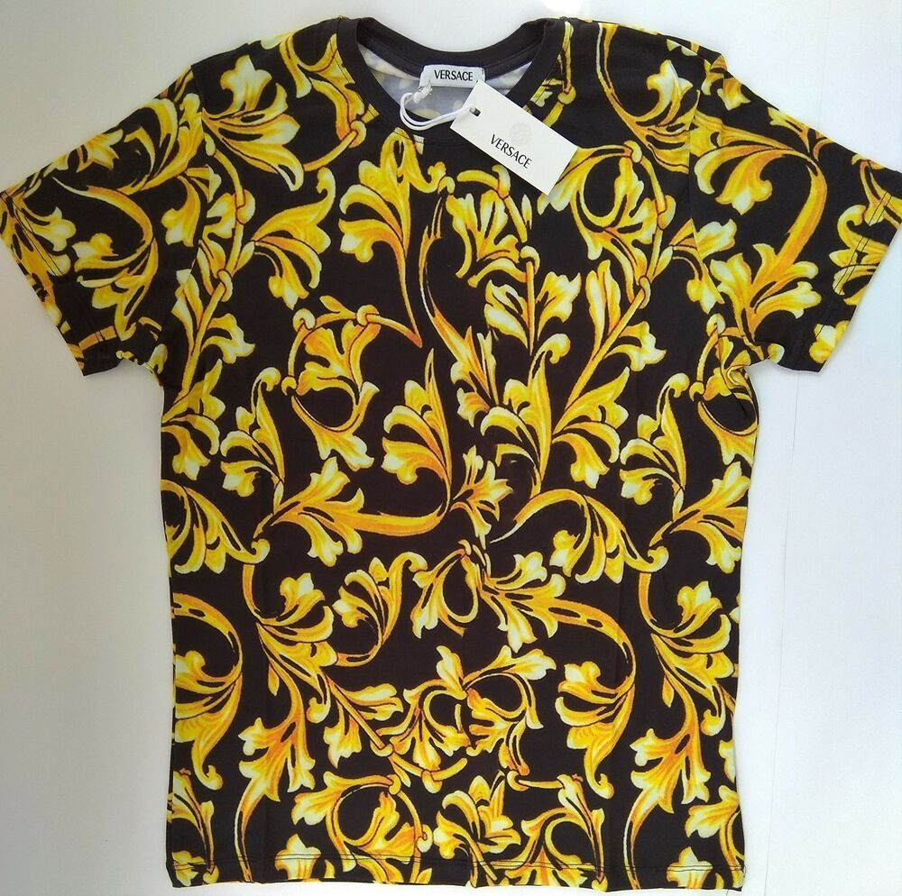bb65a13734727 New VERSACE Men's T-Shirt Baroque Leaf Size S Italy Gianni Medusa ...