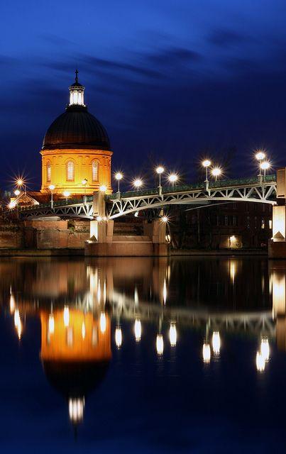 Gravely Blue Toulouse Ville Rose Et Hotel Dieu