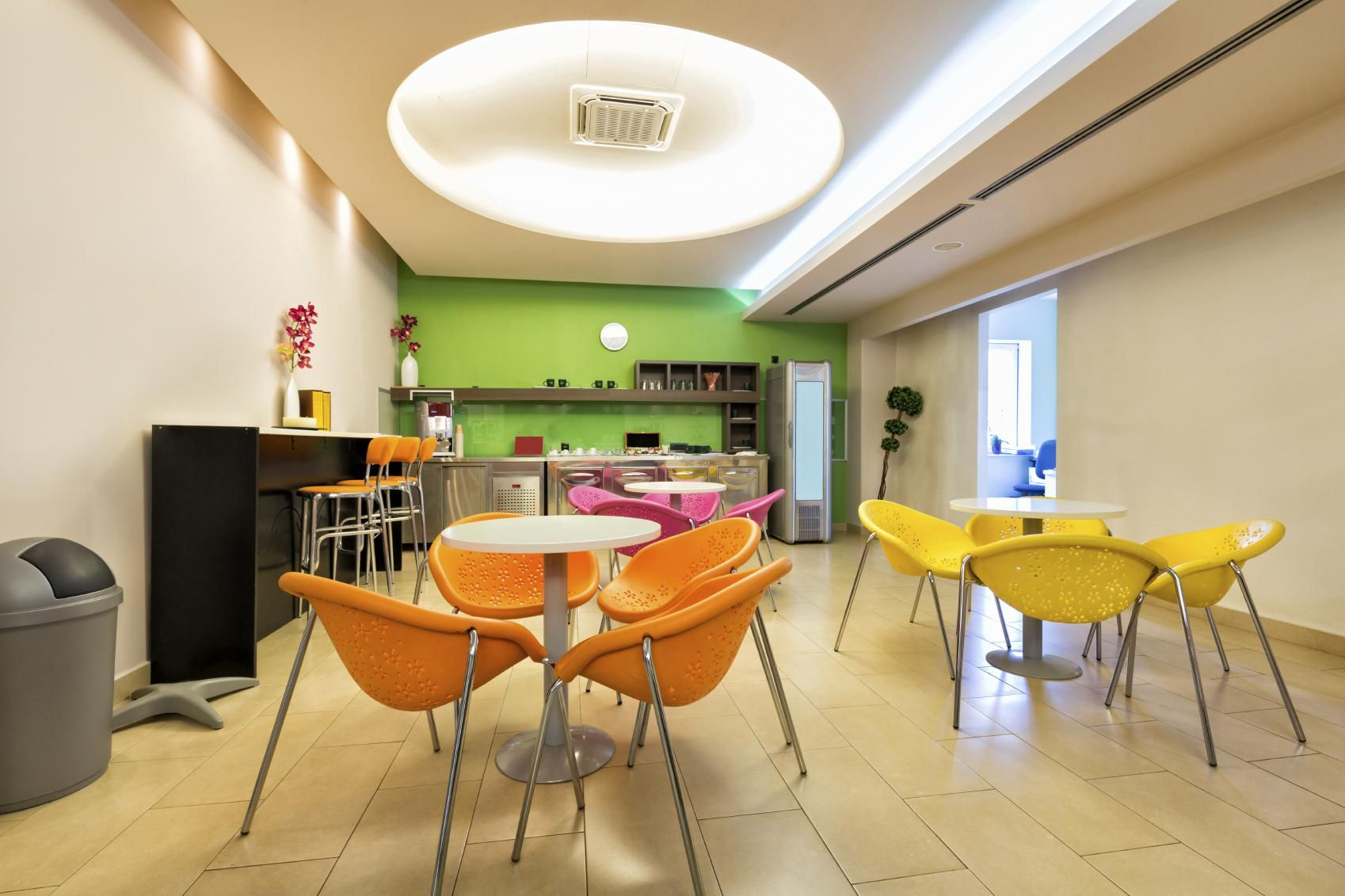 Office break room - Getting the right dose of fun ... on Fun Living Room Ideas  id=50666