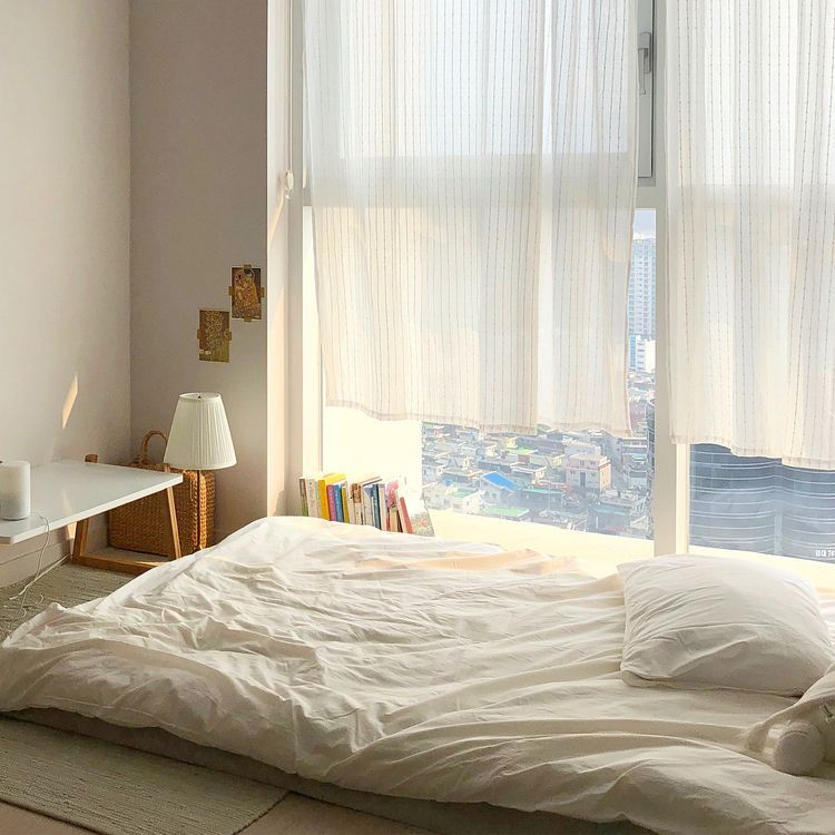 Pin by 𝐴𝑛𝑔𝑒𝑙 𝑇𝑒𝑎𝑟𝑠 on Decor in 2019 | Korean bedroom ideas ...