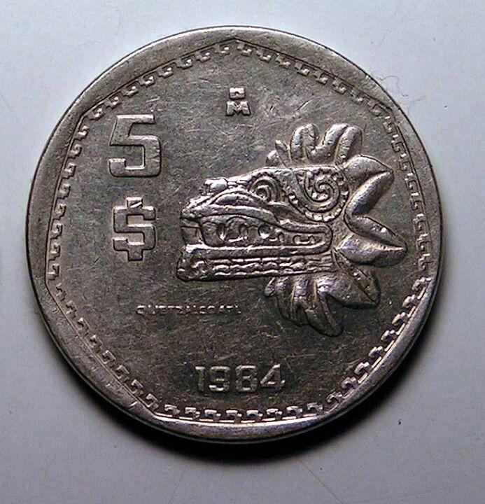 Monedas De 5 00 Con El Rey Quetzalcoatl Monedas Historia De La Moneda