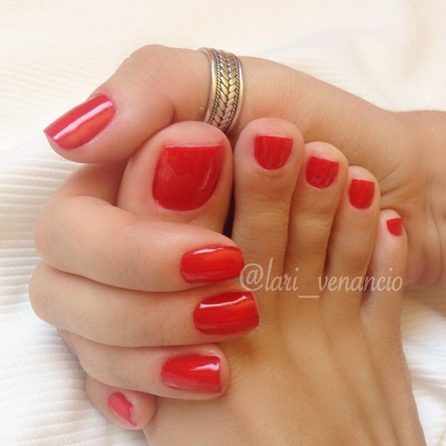 Black Nail Polish Foot: What A Pretty Red!