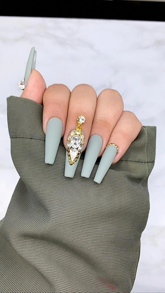 Silver Lining | Press On Nails | Grey Nails | Any