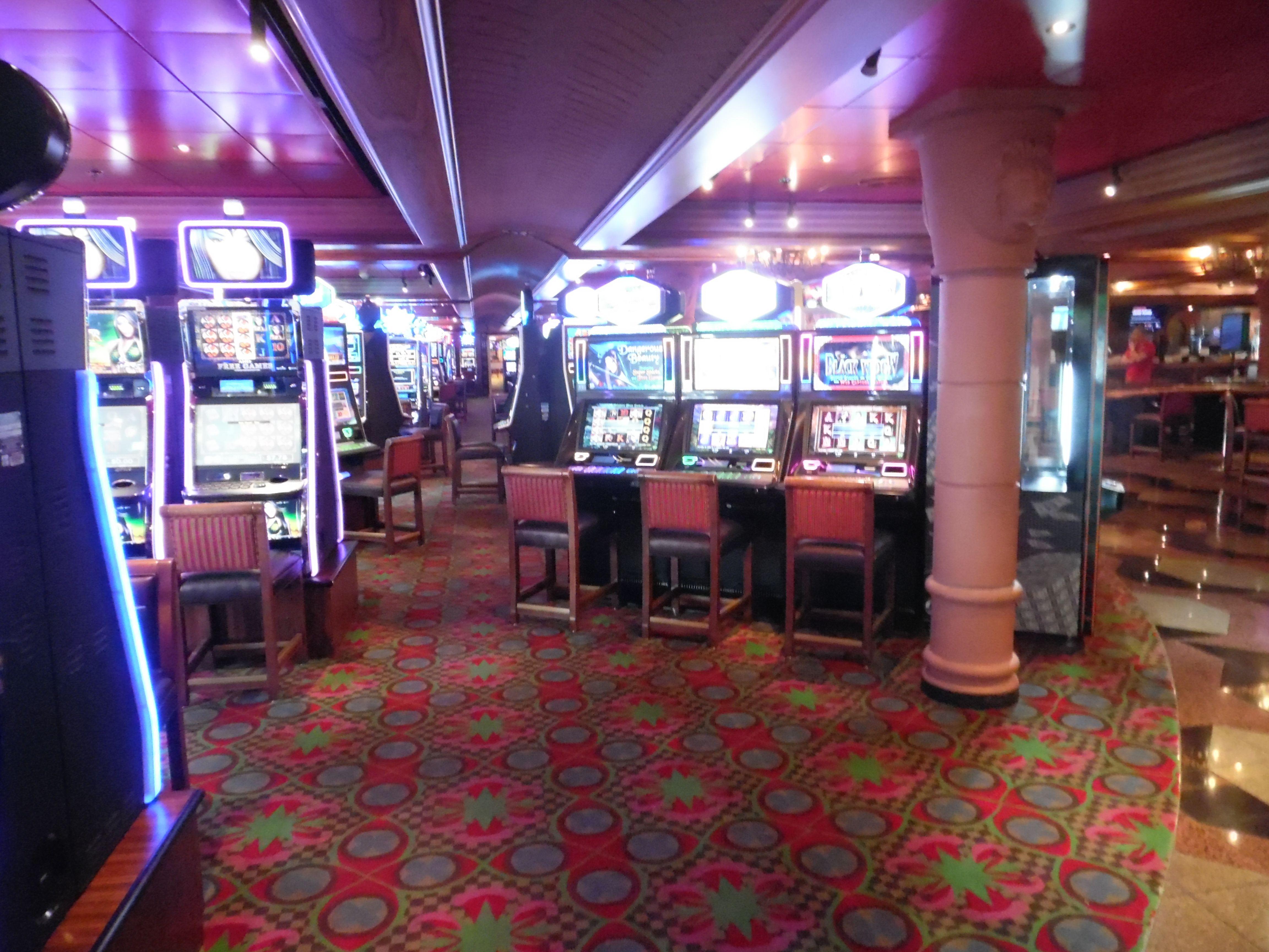 Максбет казино бездепозитный бонус