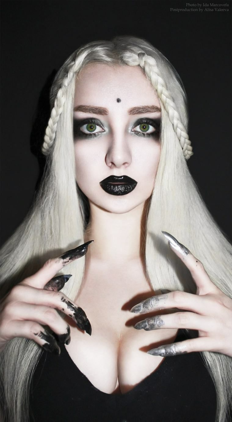 maquillage de halloween simple et gothique maquillage. Black Bedroom Furniture Sets. Home Design Ideas
