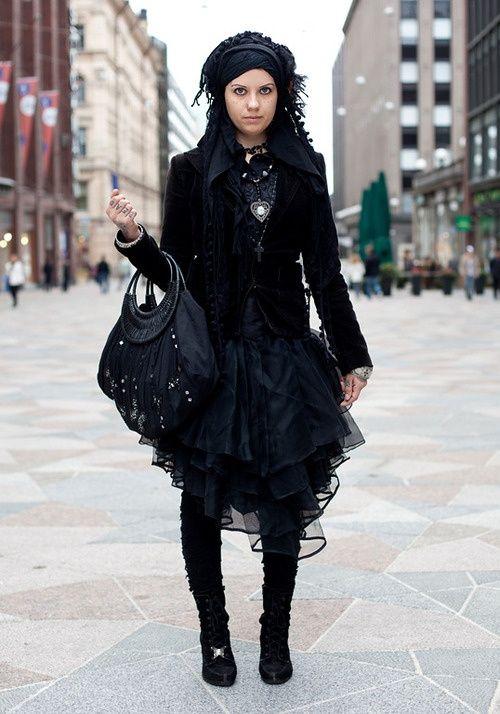 Gothic Clothing for Girls | Via danielle ...