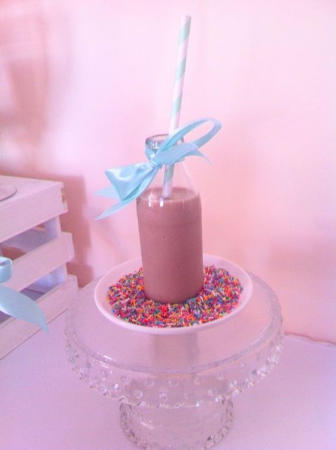 Drinks at a Cupcake and Sprinkles Party #cupcakesprinkles #drinks