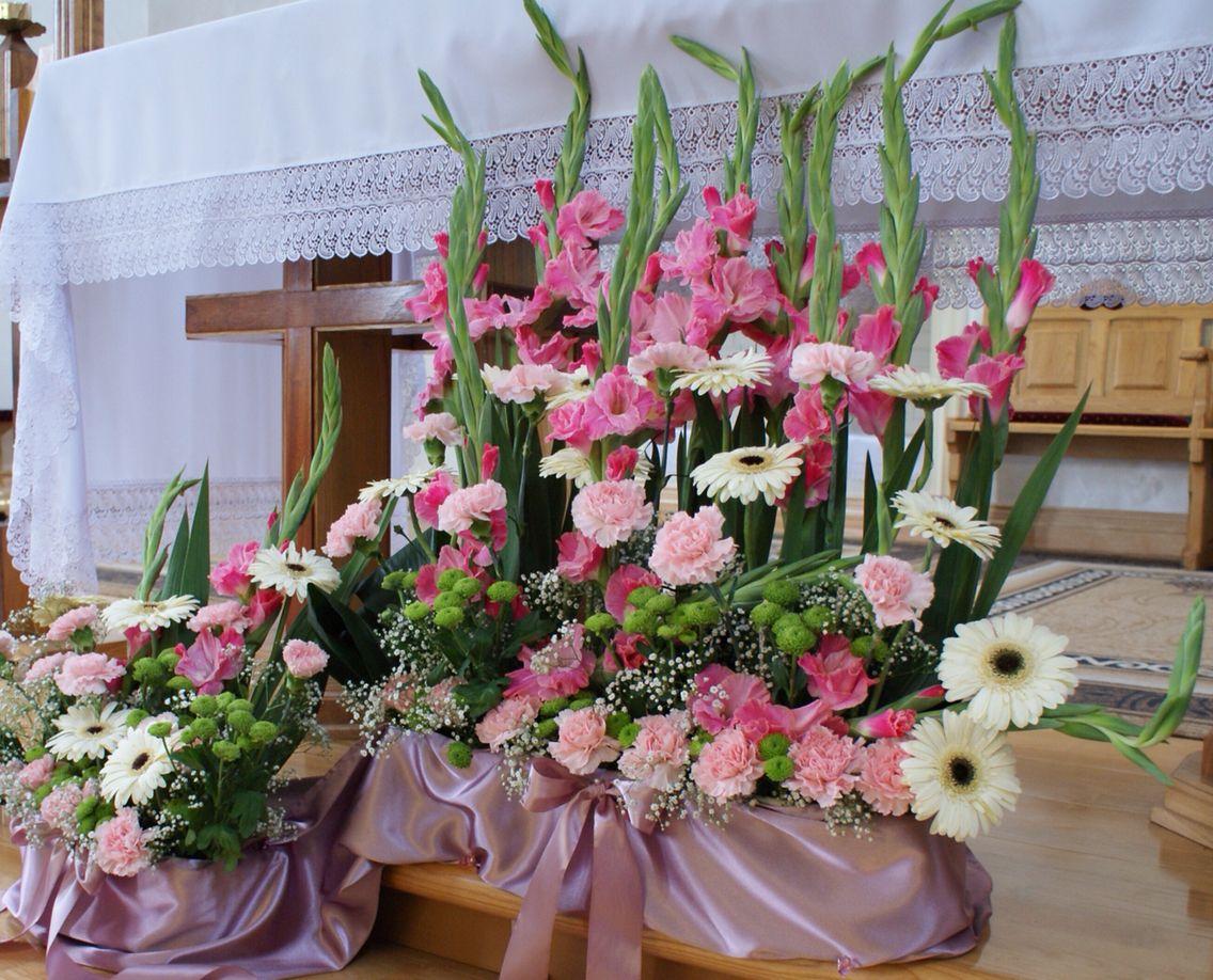 Kwiaty Pod Oltarz Table Decorations Floral Wreath Decor