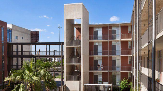 1221 Broadway Lofts In San Antonio By Kudela Weinheimer Downtown Living San Antonio Loft