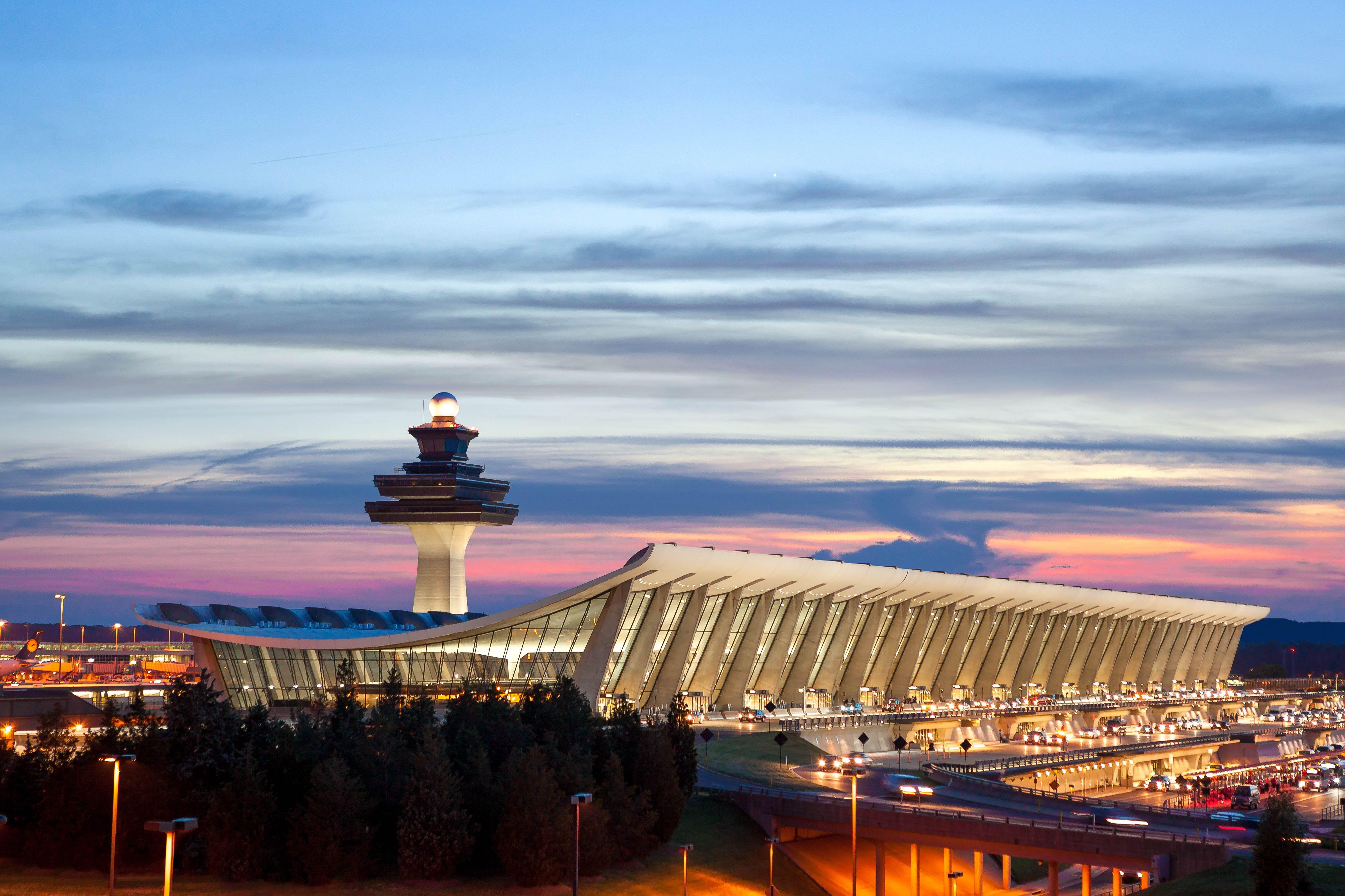 d83dafa947f499048bdbffd11b8e4229 - How To Get From Washington Dulles To Downtown Dc