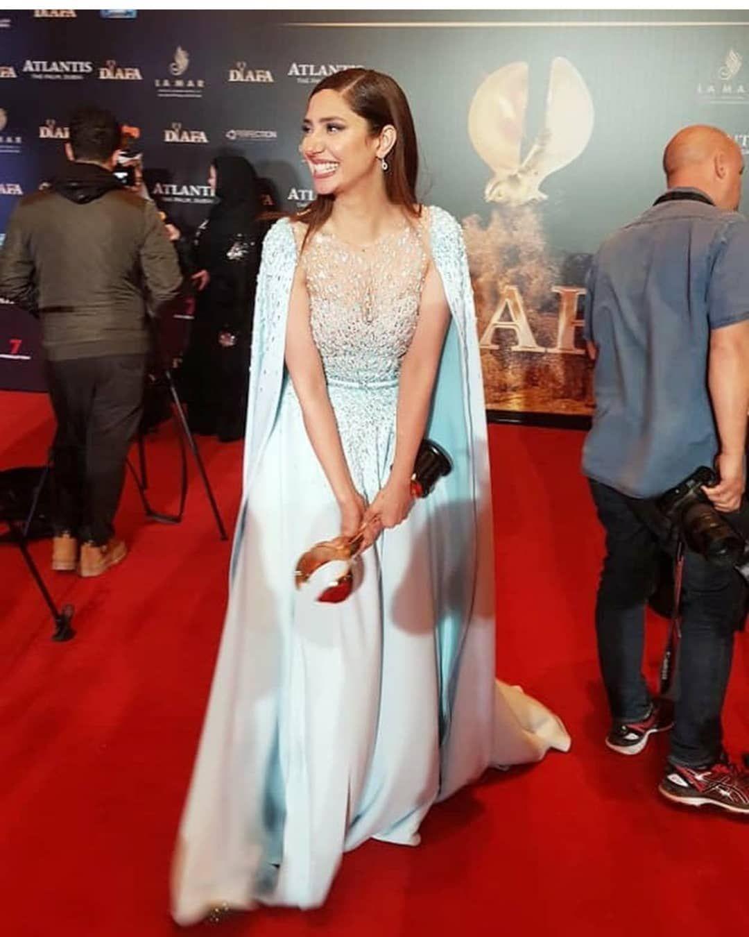 Mahira Khan At Diafa Awards Last Night In Dubai
