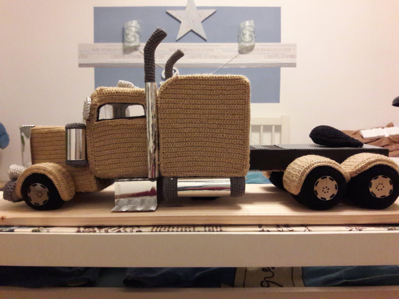 American Truck Xxl With Lighting Crocheted Truck Tractor Einzigartige Geschenke Wellpappe Regalbretter