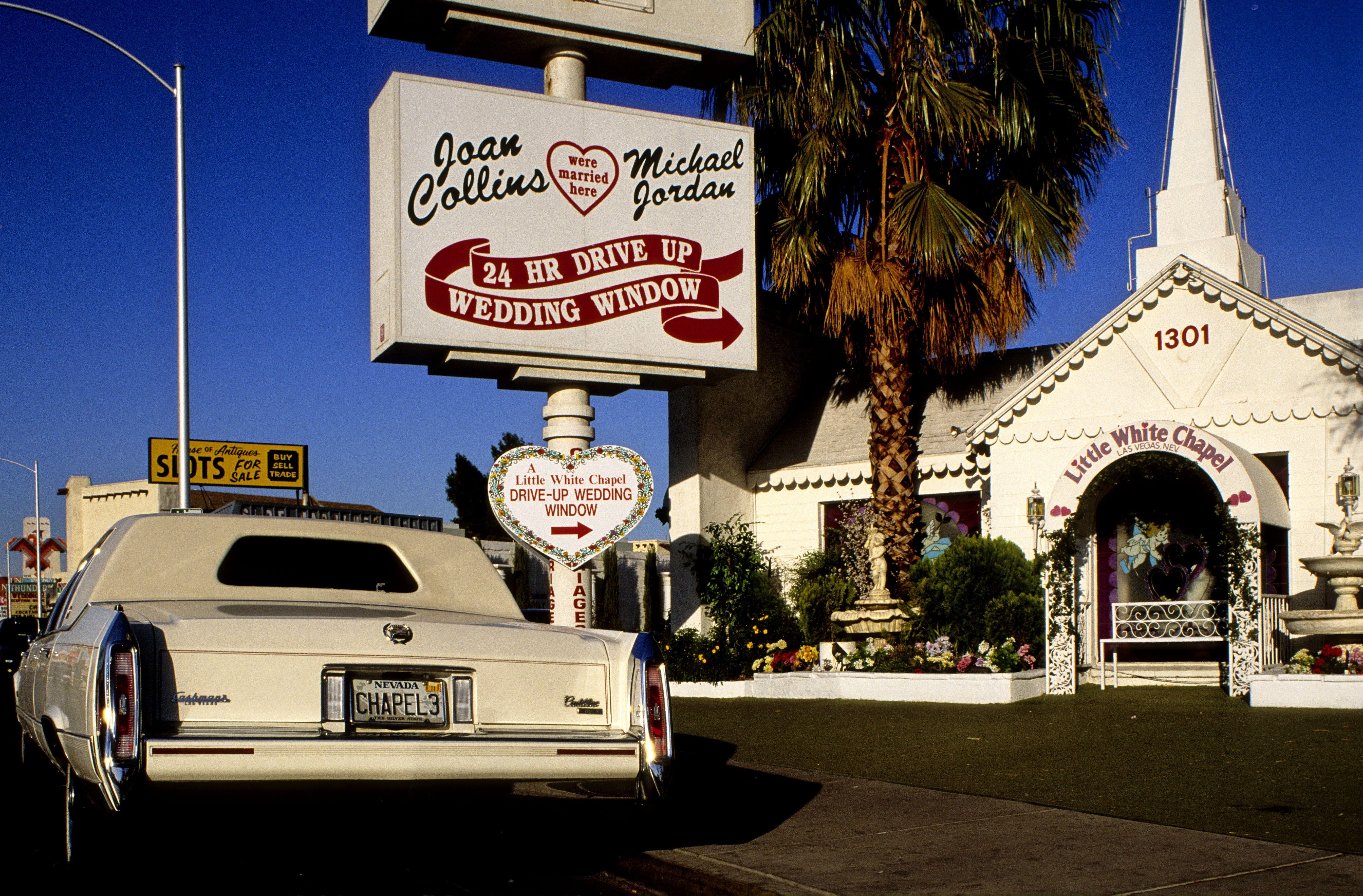 Original Owner Of A Little White Chapel Selling Las Vegas Landmark For 12 Million Little White Chapel Married In Vegas Vegas Wedding Chapel