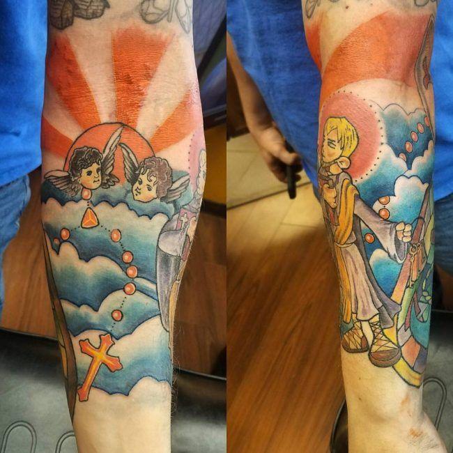 105+ Hübsche atmosphärische Wolke Tattoo Designs