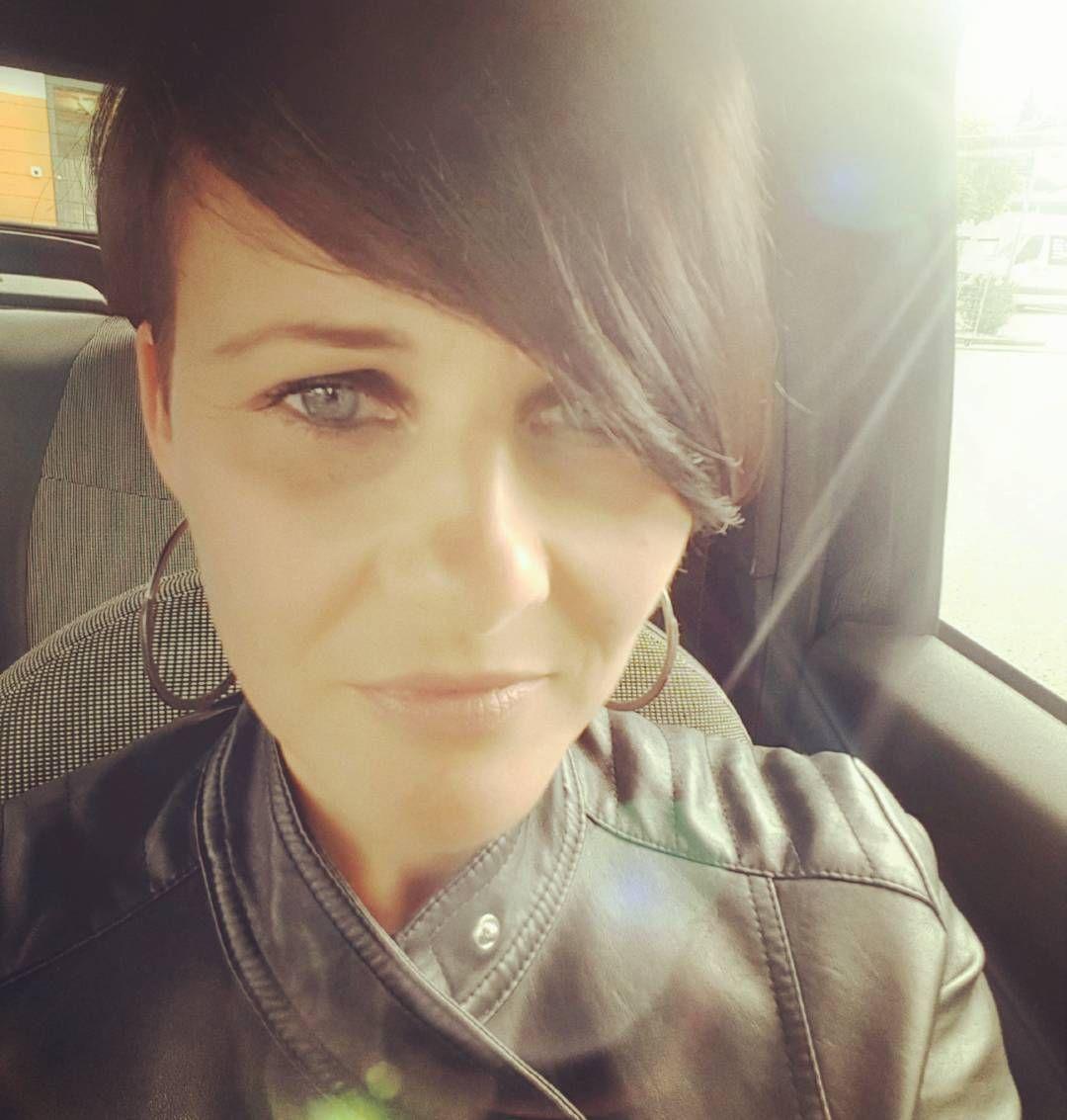 #selfie#me#inthecar#josephine#wednesday http://misstagram.com/ipost/1612964806239709897/?code=BZiZvIHH-rJ