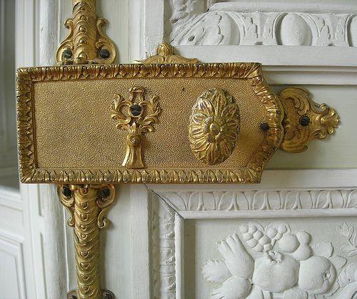 Prettiest door. @thecoveteur