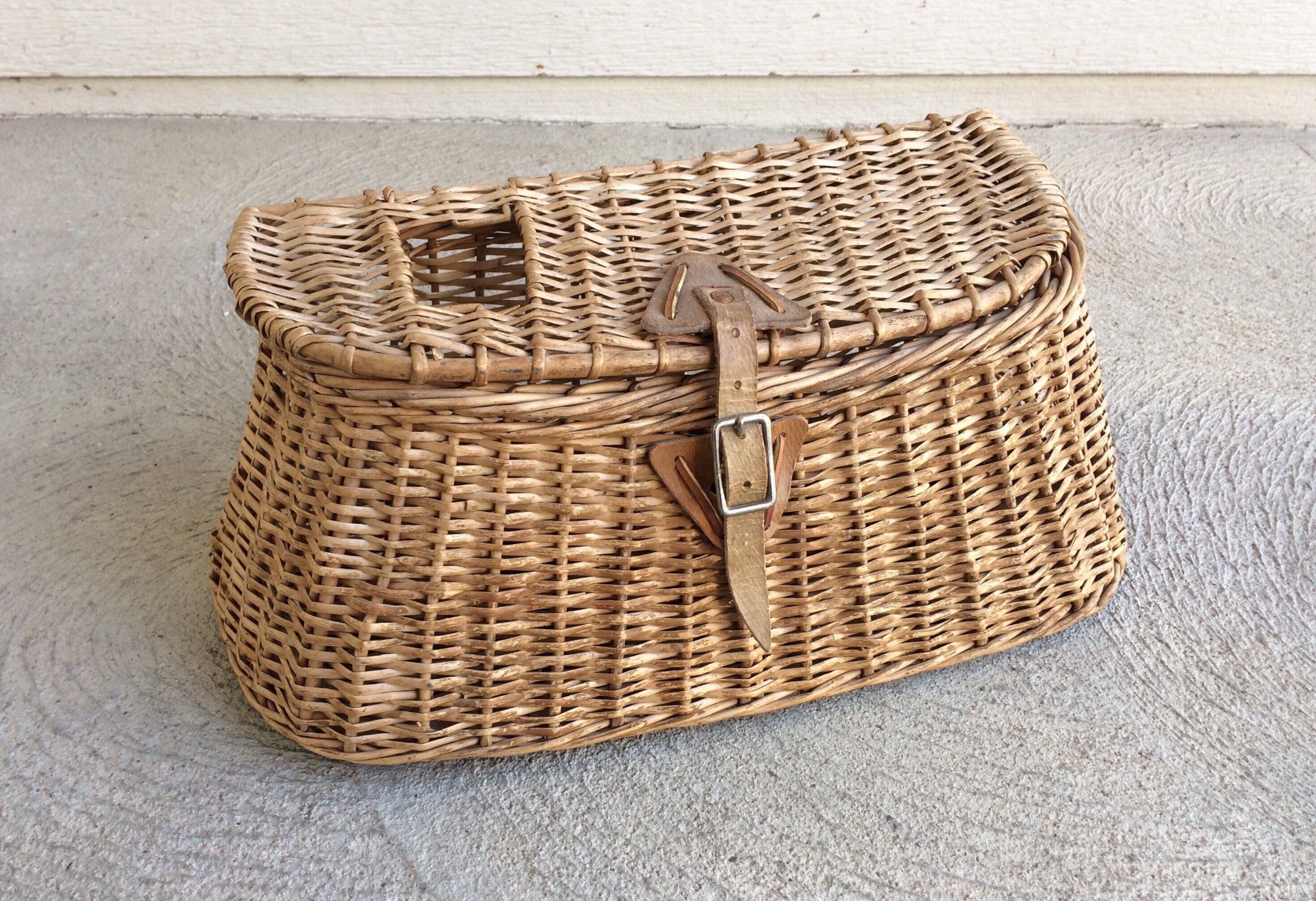 Vintage Fly Fishing Basket/Fishing Decor/Rustic Fishing Decor/Cabin Decor Ideas/ & Vintage Fly Fishing Basket/Fishing Decor/Rustic Fishing Decor/Cabin ...