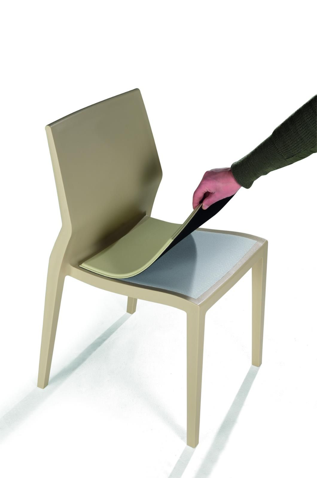 Hoth By IBEBI Design Is A Ergonomic And Indestructible Chair. Itu0027s Not An  Exaggeration, Itu0027s Really Durable.