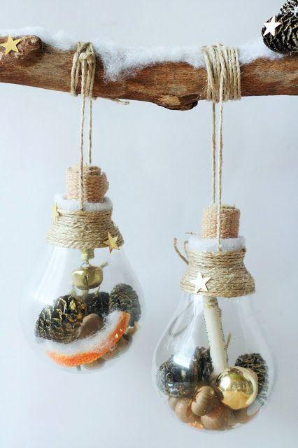 Winterliche wanddekoration alte gl hbirnen upcycling diy deko dekoration basteln winter - Winterliche dekoration ...