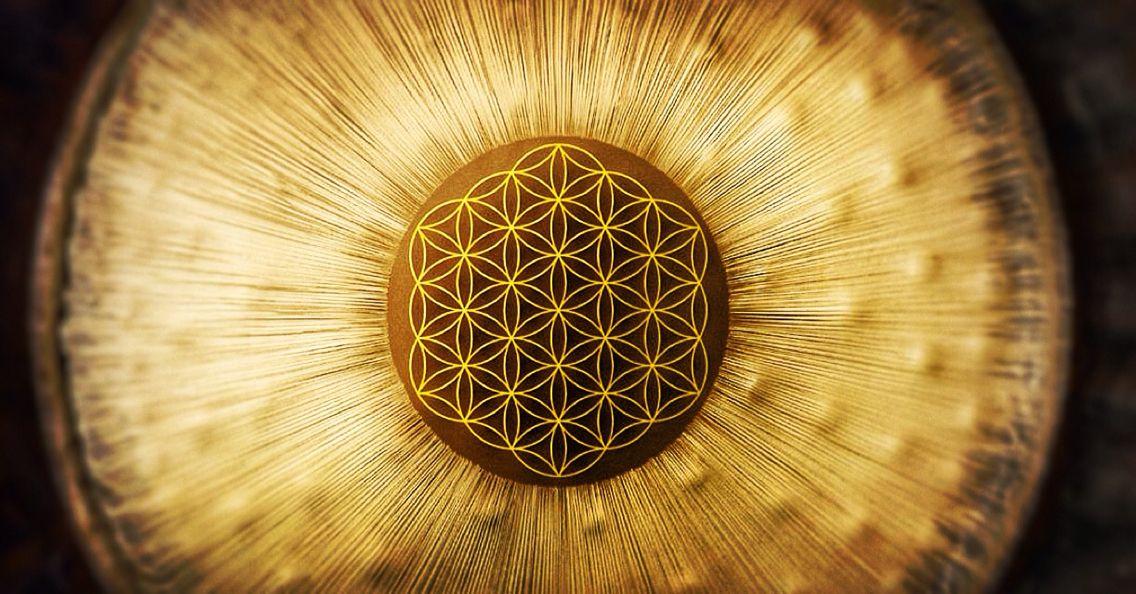 Flower of life, Gong | Flower of life, Sacred geometry art, Fibonacci  spiral art