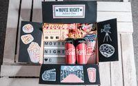 Super einfaches, schnelles und kreatives DIY Geschenk für den Partner, Eltern oder Freunde. Die Movie Night Film Box lädt zum gemütlichen Netflix & Chill Abend ein oder ist die persönliche Verpackung für den Kino Gutschein zum Geburtstag! #kinogutscheinbasteln