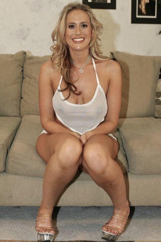 Jennifer lawrence robert pattinson dating elvis