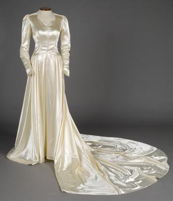 g. fox department store wedding dress   1941   #vintage #1940s ...