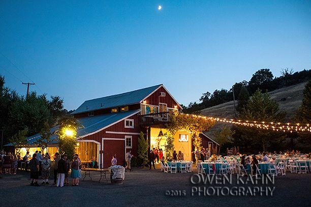 Red Barn Ranch In Hopland Mendocino County California Wedding