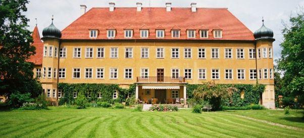 Schloss Blumenthal Aichach   Schloss Blumenthal In München