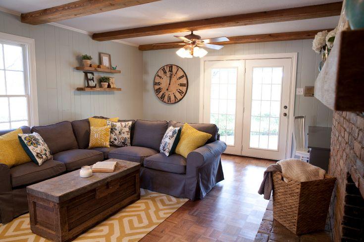 As Seen On Hgtv S Fixer Upper Fixer Upper Living Room Home