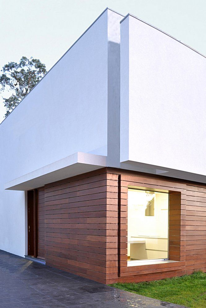 Wood siding smooth stucco goios house architizer for Stucco facade