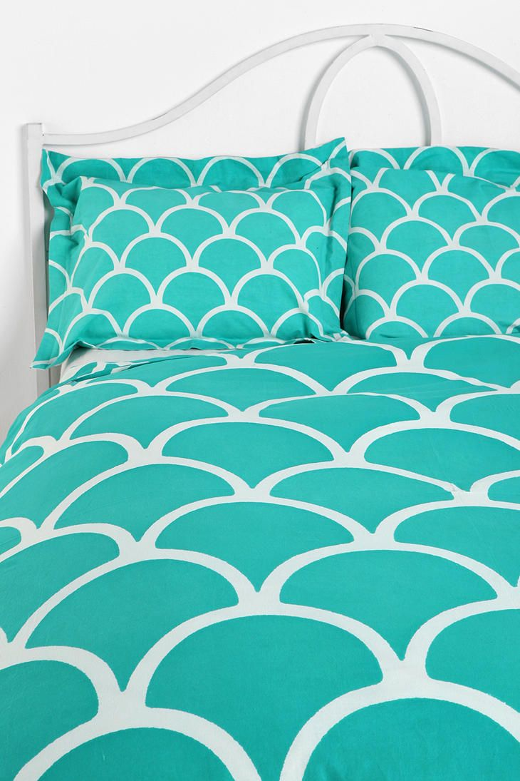 Tiffany Blue Scalloped Bedding Set