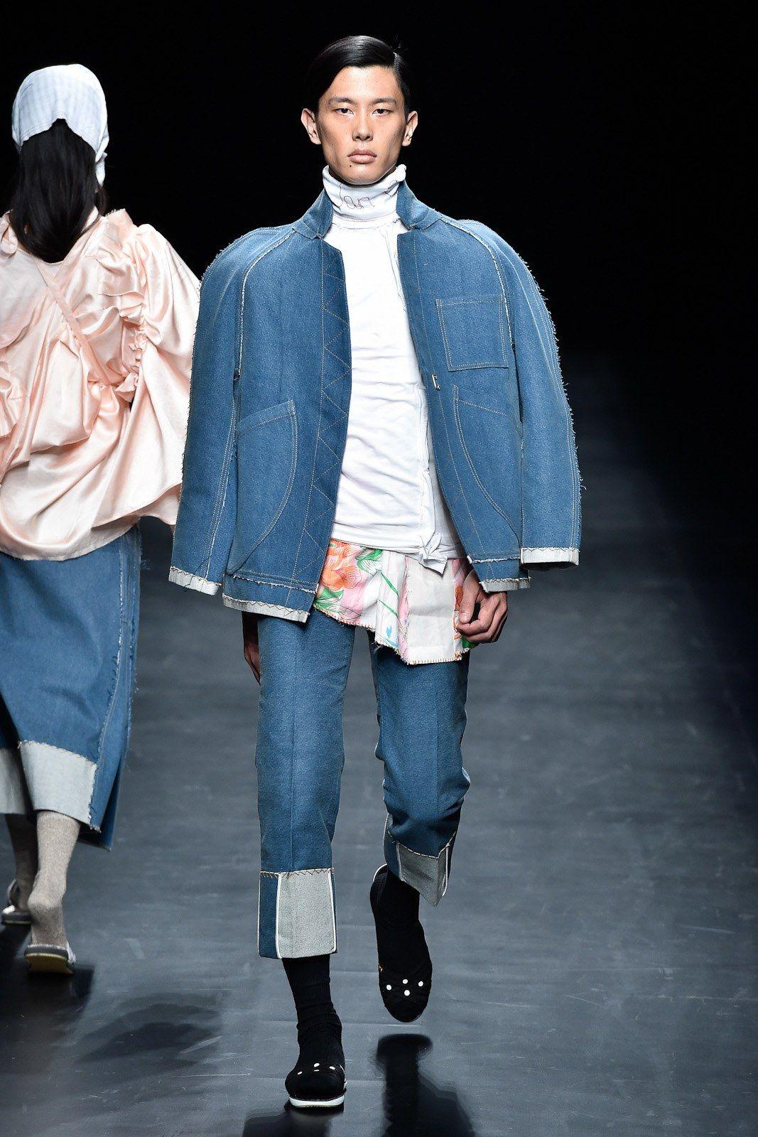 Asian Fashion Meets Tokyo  Tokyo Spring 2017 collection.